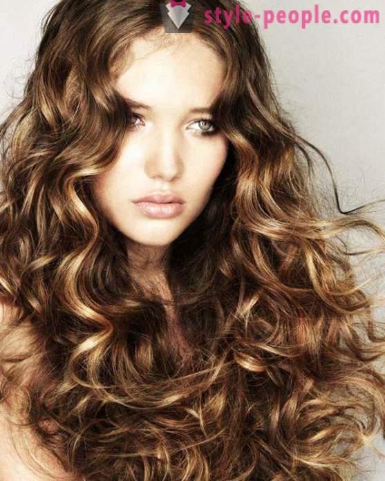 Fryzury Na Długie Włosy W Domu Na Bal I Na Codzień Foto
